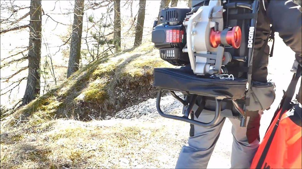 Nouvelle vidéo: sac à dos pour treuil (Pour le modèle VF105 RED IRON et VF80 BOLT).  ·